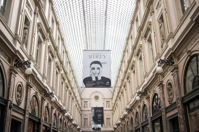 intimate audrey exhibition brussels galeries de la reine